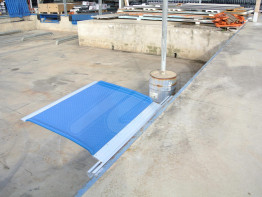 Fiberglass loading bridge