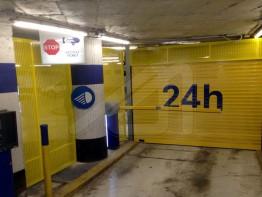 Roller doors for parkings