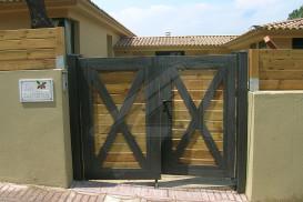Diseños especiales puertas de garaje batientes