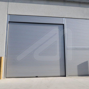 Puerta enrollable industrial aislante Mirtherm IST