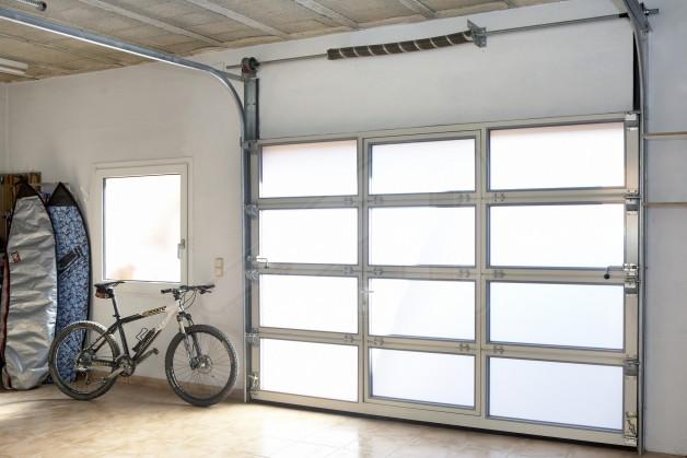 Puerta de garaje seccional de cristal alusecc angel mir ngel mir - Puerta de garaje seccional ...