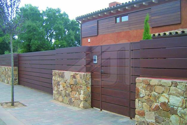 Puertas para vallas metalicas stunning excellent no se - Vallas para casas ...