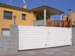 Puertas de garaje batientes