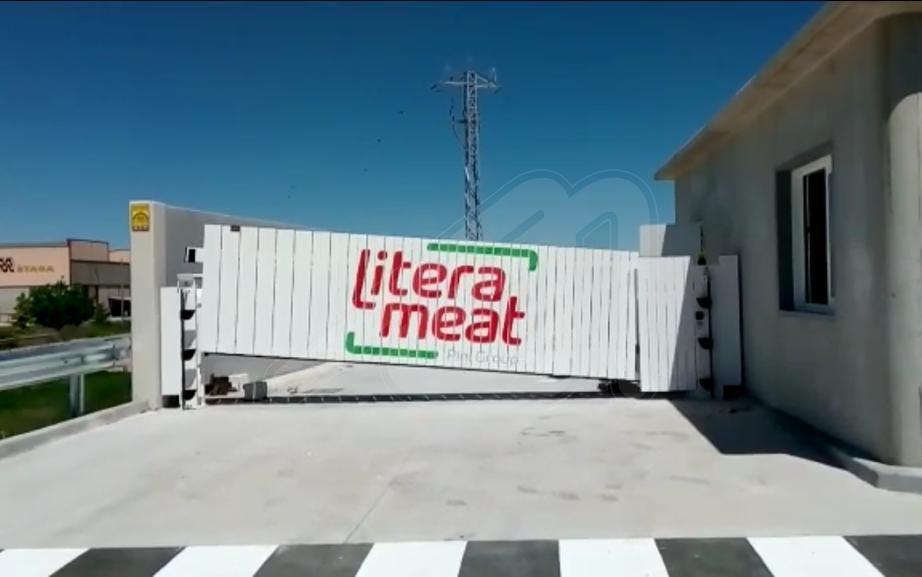 Angel Mir suministra puertas y equipos logísticos a la industria cárnica de porcino más grande de Europa