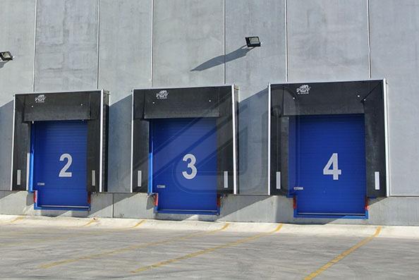 Escoger la puerta correcta para el muelle de carga