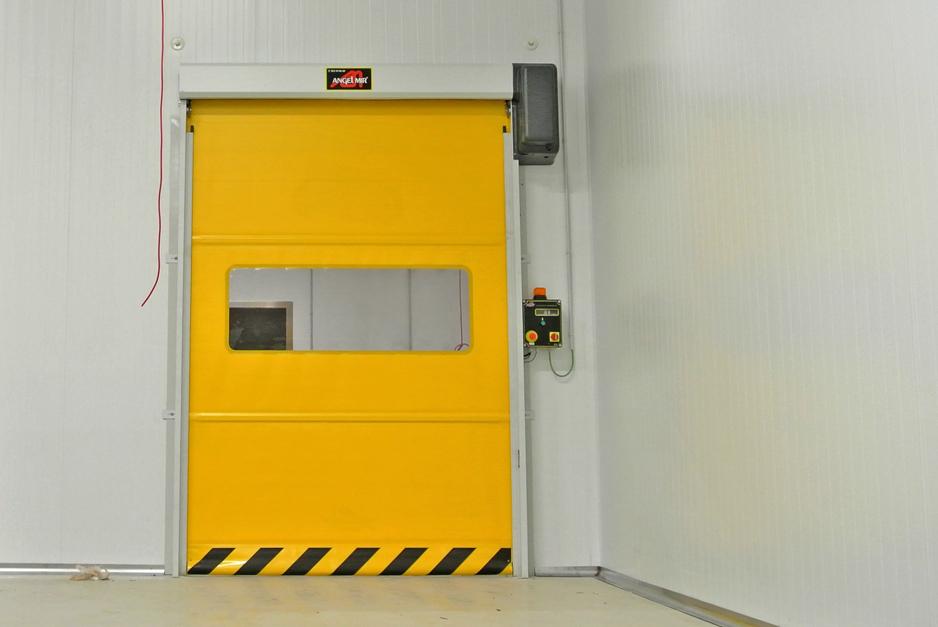 puerta de rollo rápido industria peru